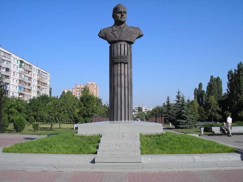 Памятники великой отечественной дешевые в воронеже с описанием заказать надгробный памятник у женщин